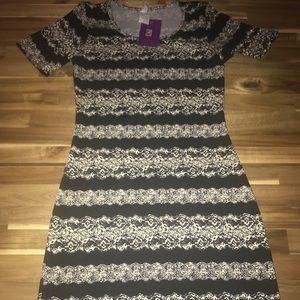 NWT XS Honey and Lace Auburn Dress NEW